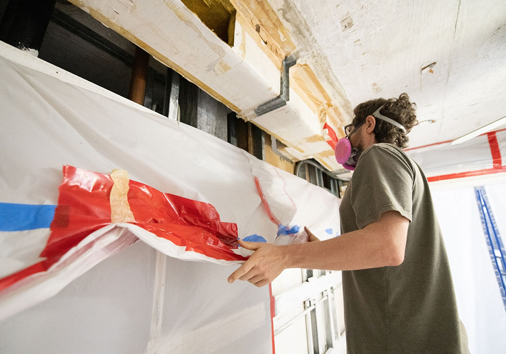 Martin county mold removal may require sealing off affected rooms.